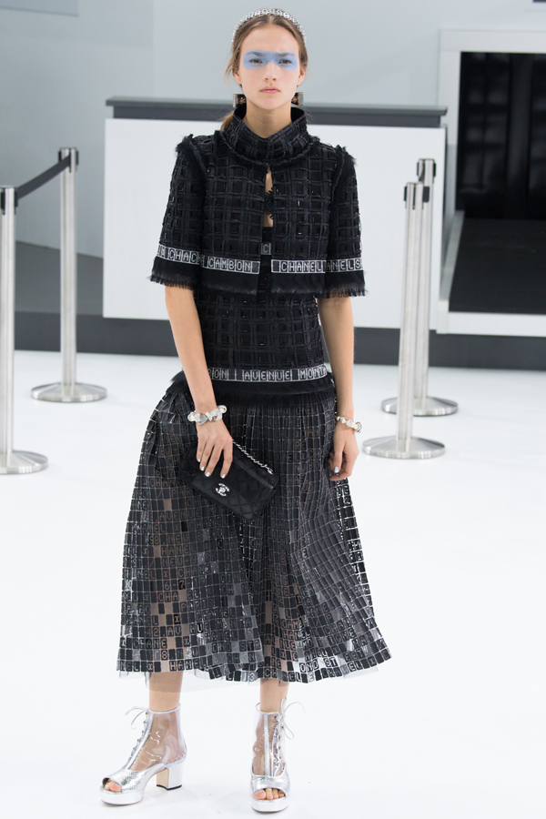 chanel_ss16_78_paris_fashion_week