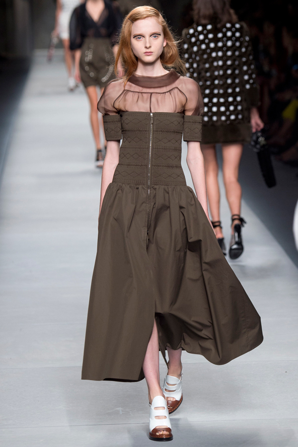 fendi_ss16_28_milano_fashion_week