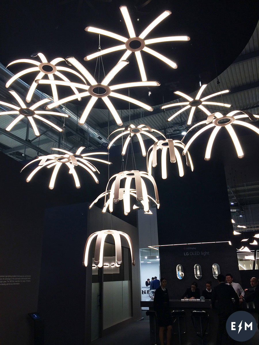 Salone del Mobile 2017 - LG Display Oled - Medusa by Ross Lovegrove