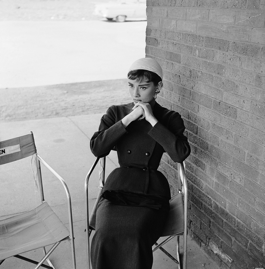 Audrey Hepburn sul set di Sabrina, diretto da Billy Wilder -1954 - Hubert de Givenchy